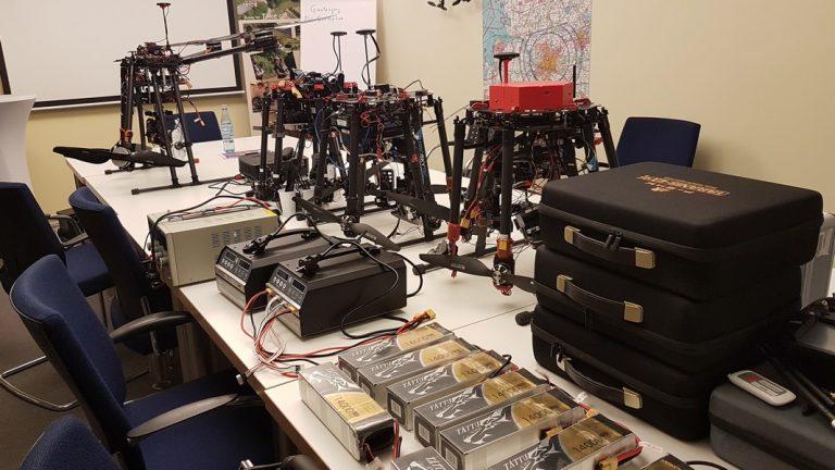 Experimentelle Medienproduktion mit Kamera-Drohnen